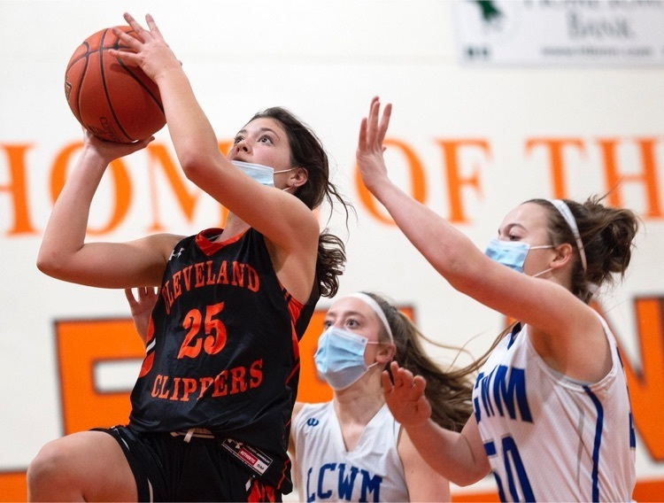 LCWM upends B girls