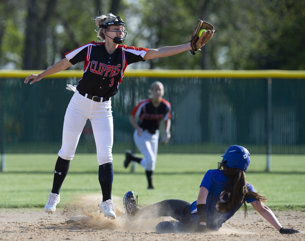 Clippers succumb to no-hitter in loss to Nicollet